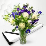 Charming Roses - Letterbox Flowers - Letterbox Roses - Letterbox Flower Delivery - Letterbox Flowers UK